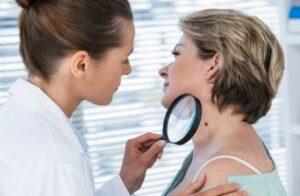 dermatologue
